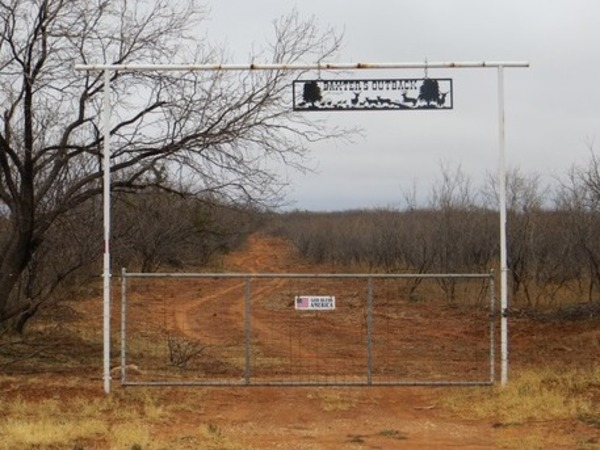 Baxters Outback Ranch Photo Thumbnail